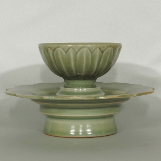 Cup and Stand with Lotus Petal Design
