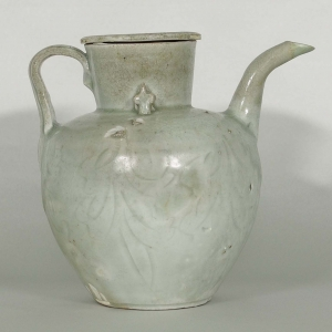 Lidded Ewer with Incised Design