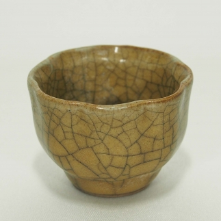 Octagonal Crackled Wine Cup